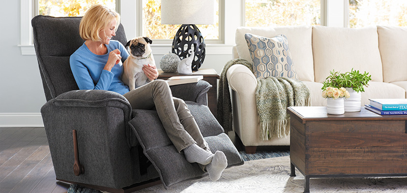 How to Go About Matching a Recliner to your Home's Interior